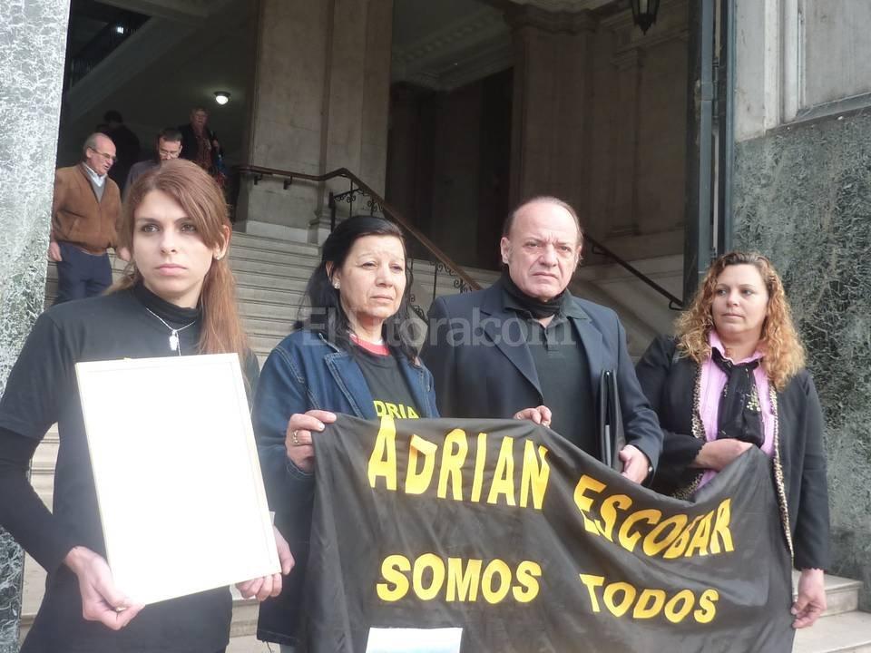 Esteban tenía 29 años cuando murió. Fue asesinado por delincuentes que le robaron la moto. <strong>Foto:</strong> Archivo El Litoral.