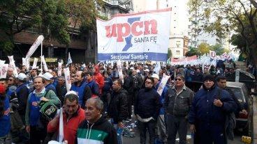 UPCN Santa Fe particip� en la concentraci�n convocada por las cinco centrales sindicales