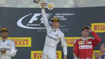 F1: Rosberg logr� en Sochi su cuarta victoria al hilo