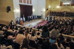 Unos 500 chicos prometieron su respeto a la Carta Magna