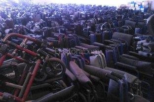 """Pami """"insostenible"""": hallaron 16 mil sillas de ruedas abandonadas"""