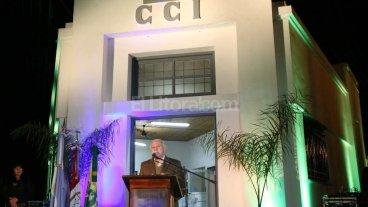Lifschitz particip� de la celebraci�n del aniversario del Centro Comercial de Ceres