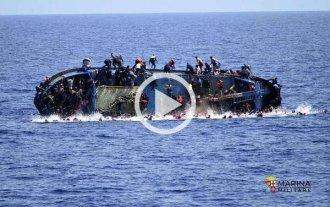 Difunden im�genes del naufragio de un bote con m�s de 500 inmigrantes libios