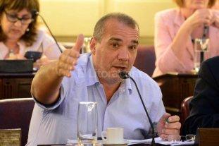 Juli�n Galdeano al frente de la UCR