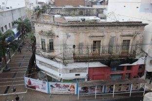 """""""Caries urbanas"""", esos edificios sin uso: piden detectarlos y arreglarlos"""