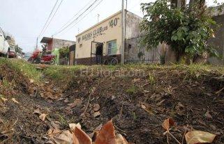 """En barrio Del Tr�nsito """"cada vez que llueve es un problema""""�"""