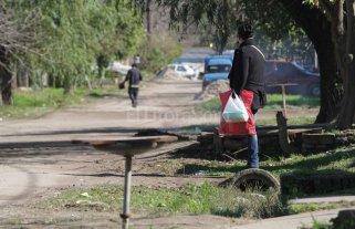 El pavimento le cambiará la vida a los vecinos de Chalet