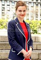 """Jo Cox, una joven diputada, militante de las causas humanitarias y del """"No"""" al Brexit"""