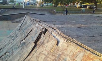 La pista de skate del Parque Sur, tambi�n abandonada