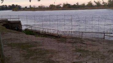 Se desmoron� parte de la defensa contra inundaciones