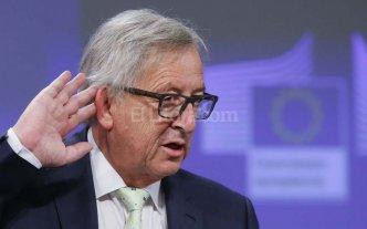 """La UE pide al Reino Unido iniciar el proceso de salida """"cuanto antes"""""""