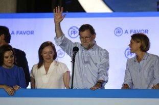 Rajoy quiere gobernar con el PSOE