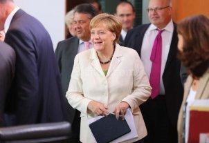 Merkel advierte a Londres que no habr� trato especial en las negociaciones