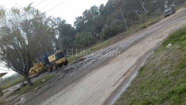 Boca de tormenta tapada genera inconvenientes en Nueva Esperanza Oeste