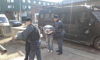 Robaron a un remisero con una soga y terminaron detenidos