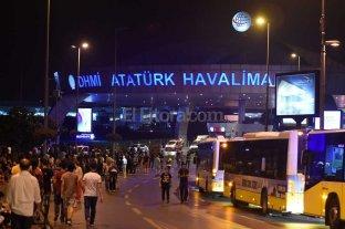 13 detenidos por el ataque en el aeropuerto de Turqu�a
