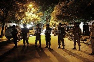 Ataque con dos muertos y toma de Rehenes en Bangladesh