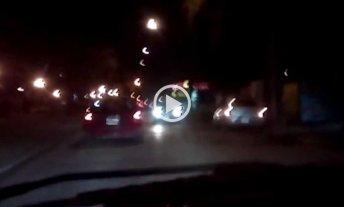 Video: taxi circula en reversa en plena Avenida Freyre