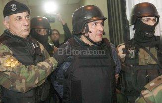 Jos� L�pez present� su renuncia al Parlasur