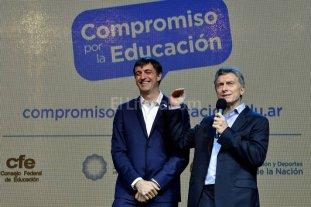 Un plan nacional y promesa de  asignar m�s PBI para educaci�n