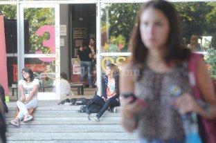 """Giros de g�nero: 6 de cada 10 mujeres universitarias se ven como """"dominantes"""""""