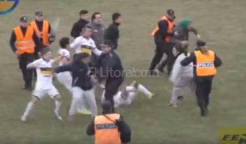Video: batalla campal en el f�tbol de Bah�a Blanca