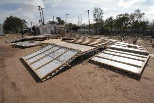 El municipio desarma los m�dulos para evacuados