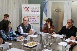 Presentaron el Parque de la Constituci�n Nacional en el Consejo Directivo del SAFETUR