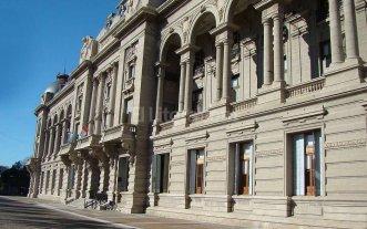 Tres bancos ser�n los colocadores de los t�tulos de deuda de Santa Fe