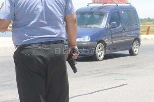 """Un polic�a detenido por """"alquilar"""" su arma en un intento de robo"""