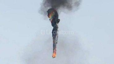Un globo aerost�tico se incendi� y se precipit� a tierra: 16 muertos
