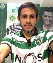 Meli fue presentado en Sporting de Lisboa