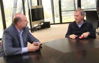 Todos con todos por las dudas - Omar Perotti y Juan Schiaretti.