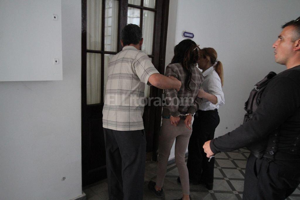 Por los golpes recibidos en el accidente la imputada fue trasladada al hospital Cullen y luego a la dependencia policial. Pablo Aguirre