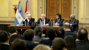 Lifschitz se reuni� con fiscales de Rosario y la regi�n