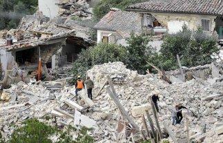Ni�a de 10 a�os fue rescatada con vida en Italia