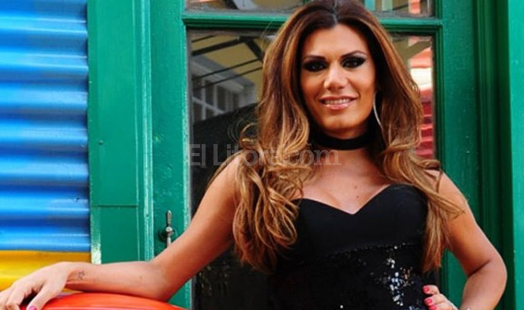 Florencia de la v se suma como panelista a un programa de Chimentos dela farandula argentina 2016