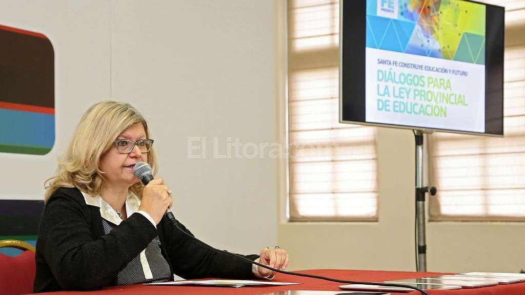 Claudia Balagu�, ministra de Educaci�n de la provincia. Foto:Secretar�a de Comunicaci�n Social