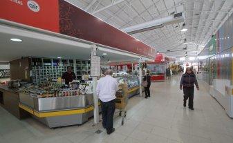 El Mercado Norte celebra las dos mil personas que lo visitan a diario