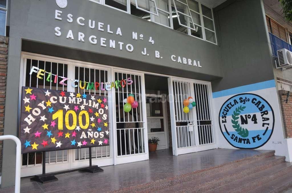 La ceremonia escolar se llev� a cabo esta ma�ana en el edificio de Las Heras 4720. Foto:Flavio Raina