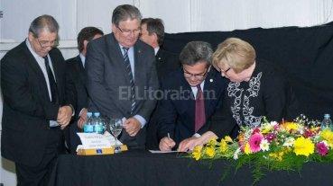 Firmaron acta compromiso para la constituci�n del Polo Tecnol�gico Esperanza