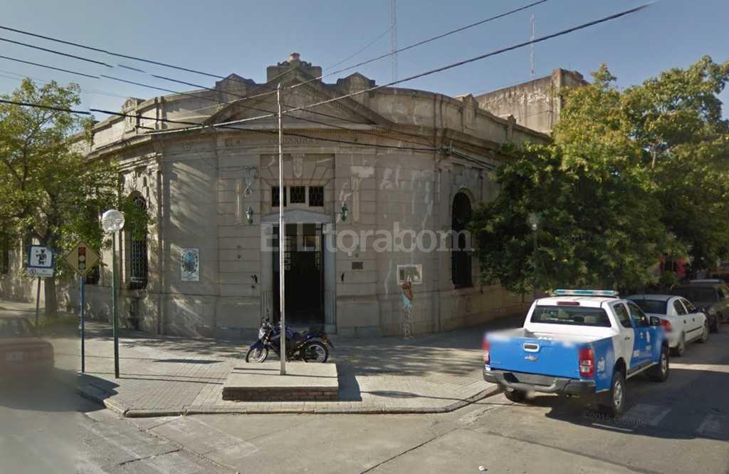 Uno de los sujetos fue trasladado a la Seccional 4ta Foto:Captura de Pantalla - Google Street View