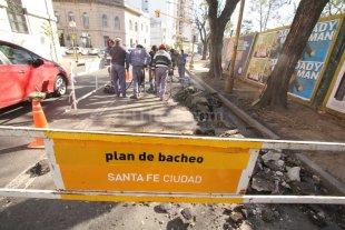 Comenzaron los trabajos de reparaci�n en calle Rivadvia