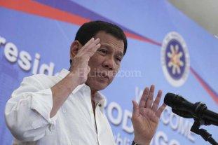 Presidente de Filipinas se compara con Hitler