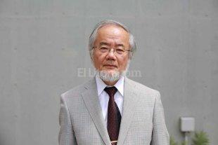 Premio Nobel a un investigador japonés por su trabajo en componentes celulares