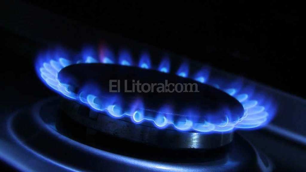 Tope de 300% en el aumento del gas a usuarios residenciales