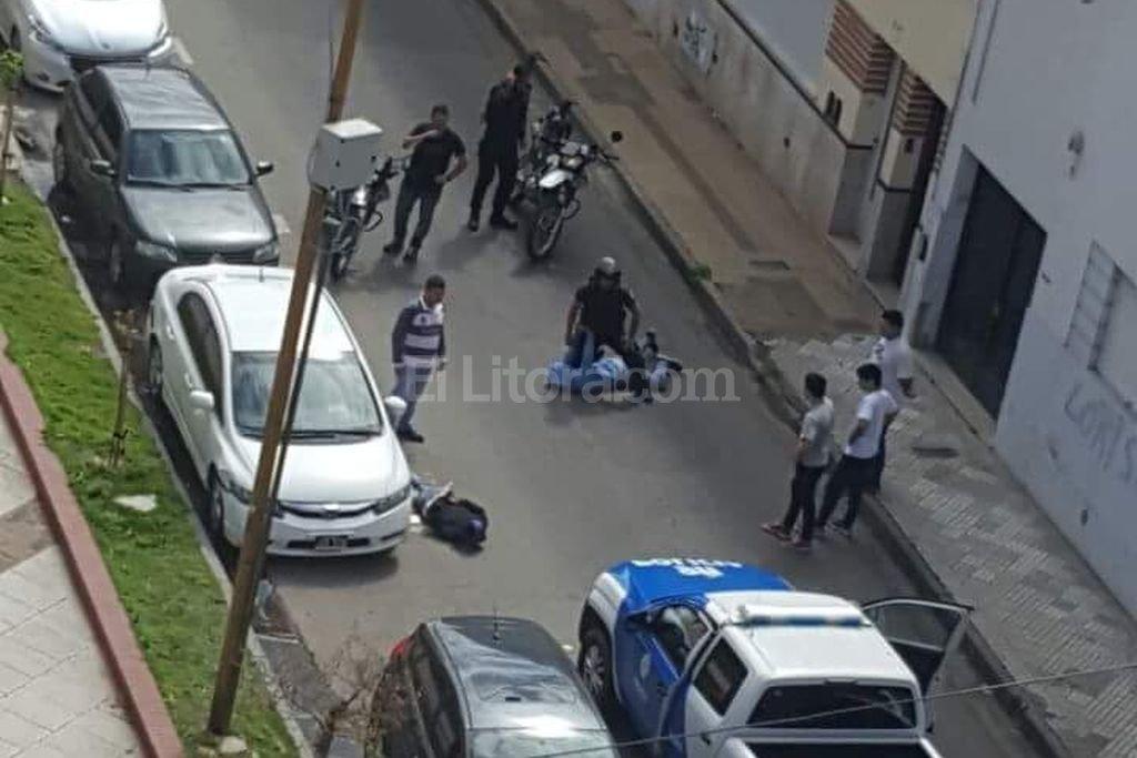 Personal policial en el momento de la captura Periodismo Ciudadano