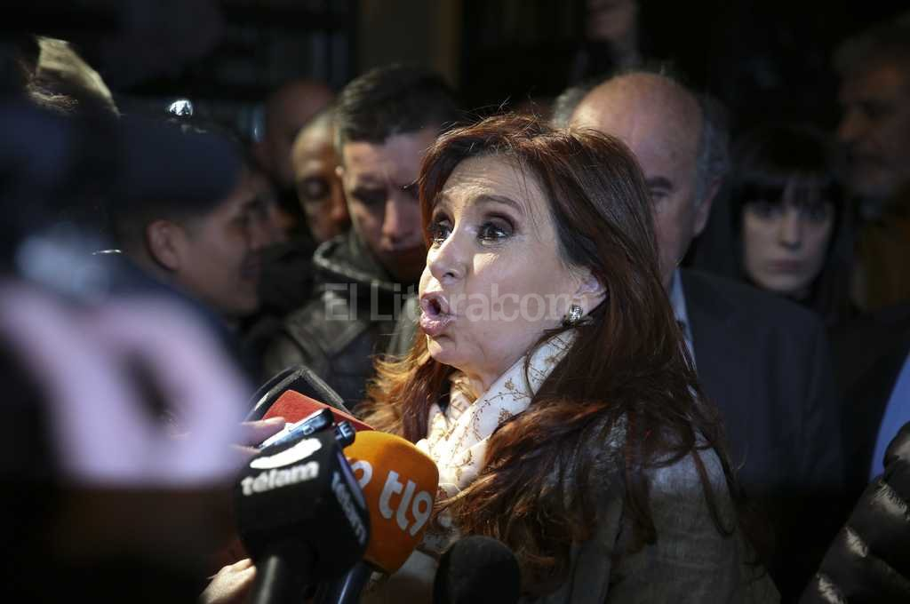 Acusan a Cristina Fern�ndez de Kirchner y a L�zaro B�ez por la ampliaci�n del hotel