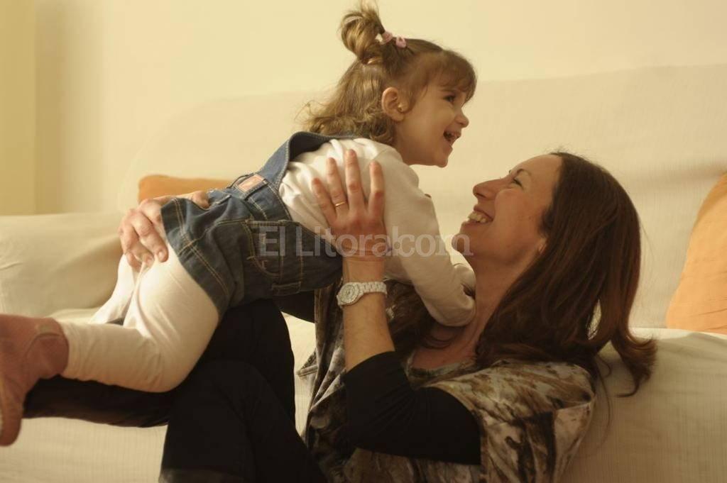 Las madres se ven más afectadas por la informalidad, precariedad e intermitencia laboral. <strong>Foto:</strong> Archivo El Litoral