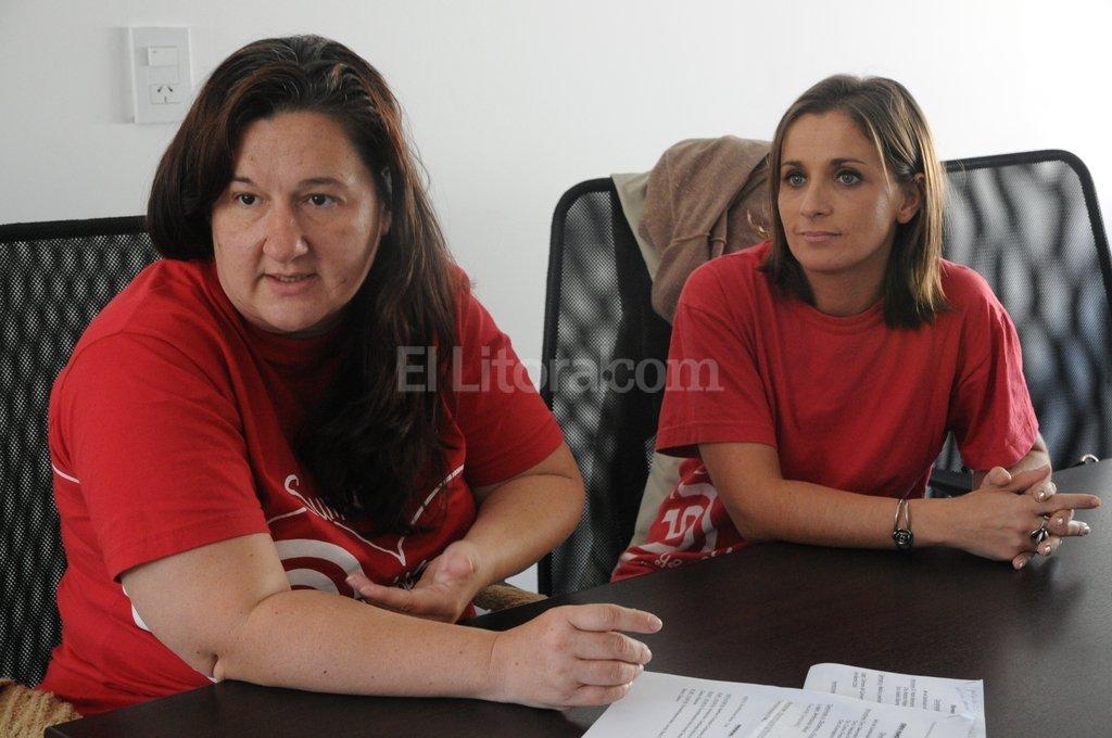 M�nica Pati�o y Erica Bode de la Fundaci�n de Cardiopat�as Cong�nitas de Santa Fe. Foto:Archivo El Litoral (Luis Cetraro)
